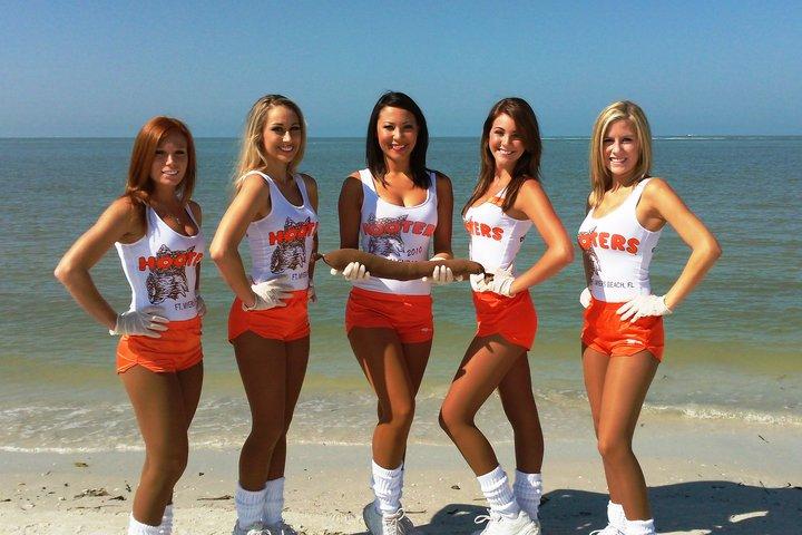 Cheerleaders in Pantyhose